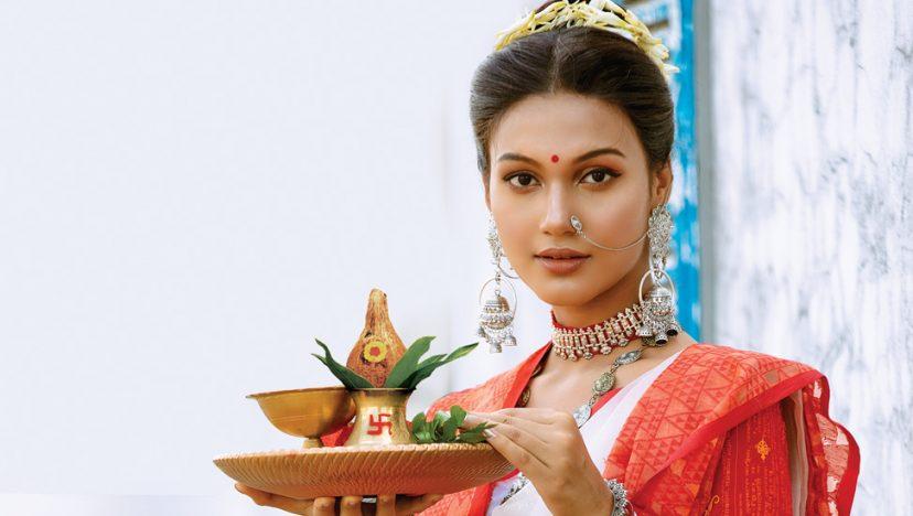 লুকস I রূপং দেহি