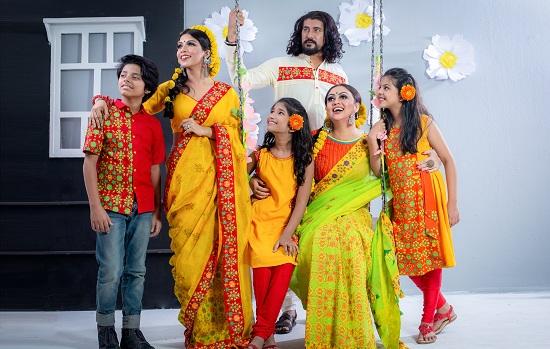পোশাকে মুখর 'রঙ বাংলাদেশ'-এর ফাল্গুন
